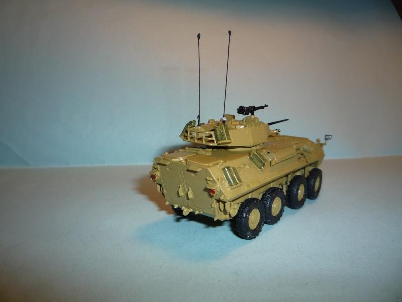 Stryker m1126 1/72 academy P1050925