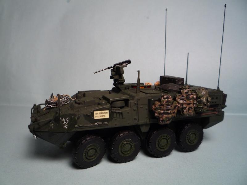 Stryker m1126 1/72 academy P1050936