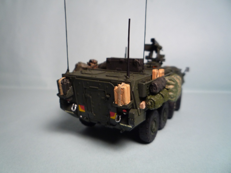 Stryker m1126 1/72 academy P1050937