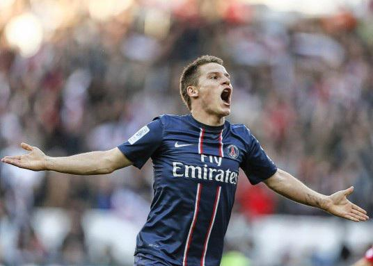 KEVIN GAMEIRO  - Page 2 Sans_146