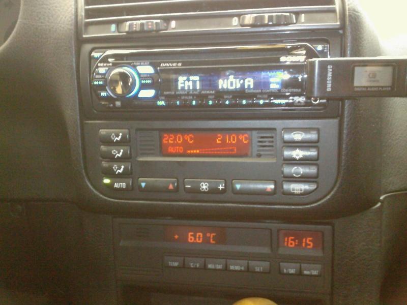 Quel poste equipe votre voiture, on vous ecoute - Page 2 Spm_a010