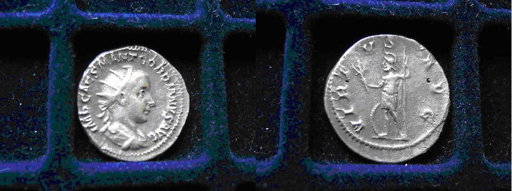 Doutes sur un antoninien VIRTVS AVG / Doubts Antoninianus Anto_v10