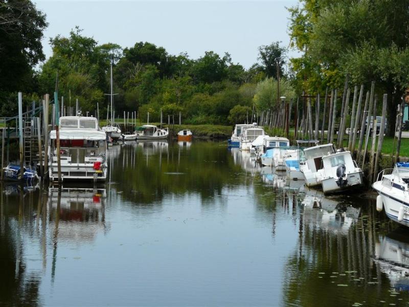le port de Biganos (bassin d'arcachon) P1080912