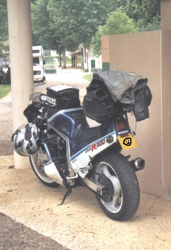 Yamaha Xs 1100 Racer -> Ca roule toujours - Page 3 04_05_10