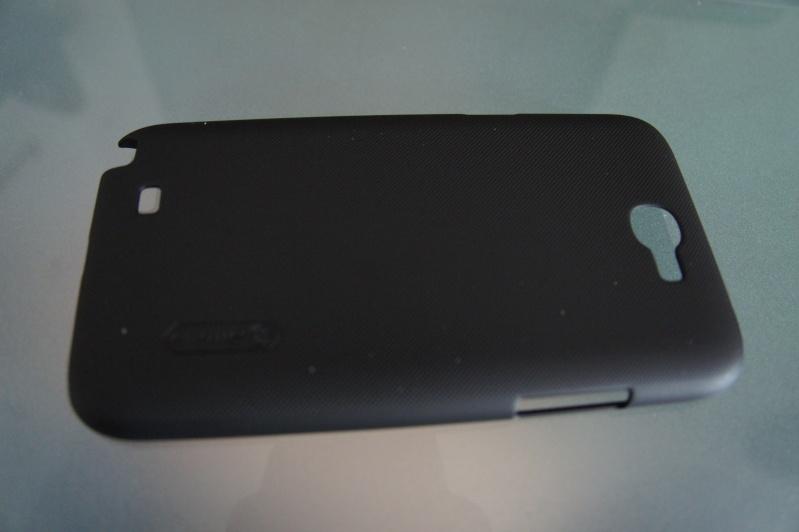 [ACCESSOIRE] coque Nillkin Matter Hard Cover Case +LCD Guard For Samsung Galaxy Note II 2 N7100 Dsc00315