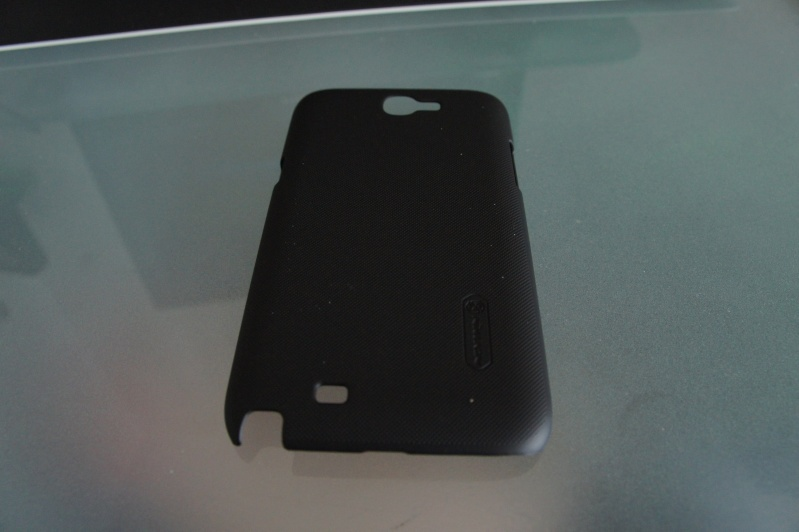 [ACCESSOIRE] coque Nillkin Matter Hard Cover Case +LCD Guard For Samsung Galaxy Note II 2 N7100 Dsc00410