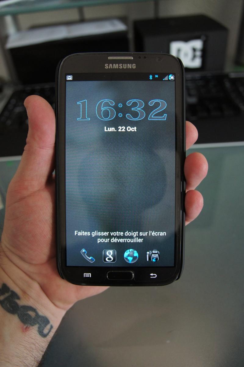 [ACCESSOIRE] coque Nillkin Matter Hard Cover Case +LCD Guard For Samsung Galaxy Note II 2 N7100 Dsc00416