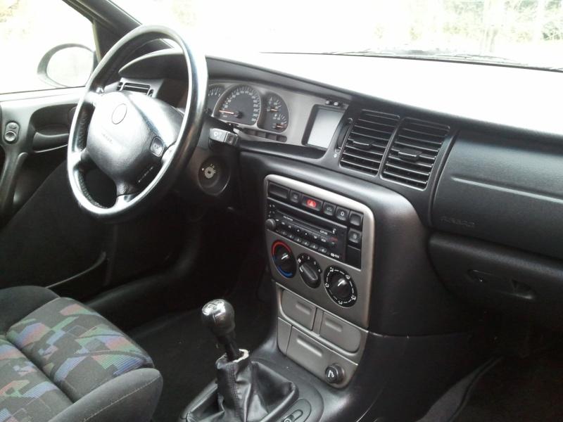 Tr0uBleMak3r's Vectra B Caravan V6 2011-043