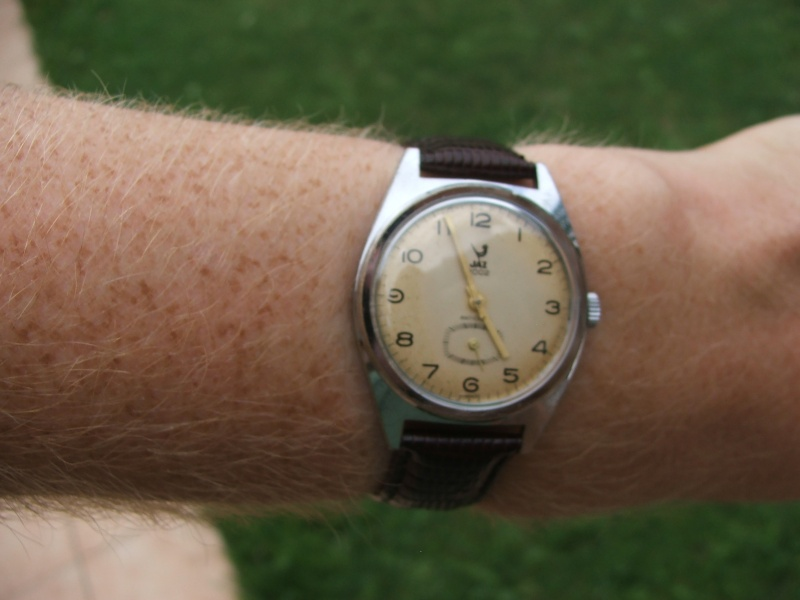 Enicar - Un post qui référence les montres de brocante... tome I - Page 19 Dscf9113