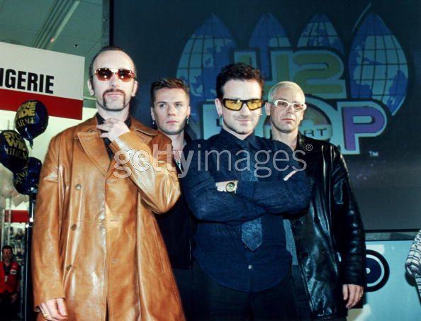 Bono's SunGlasses - Pagina 3 Aaaa11