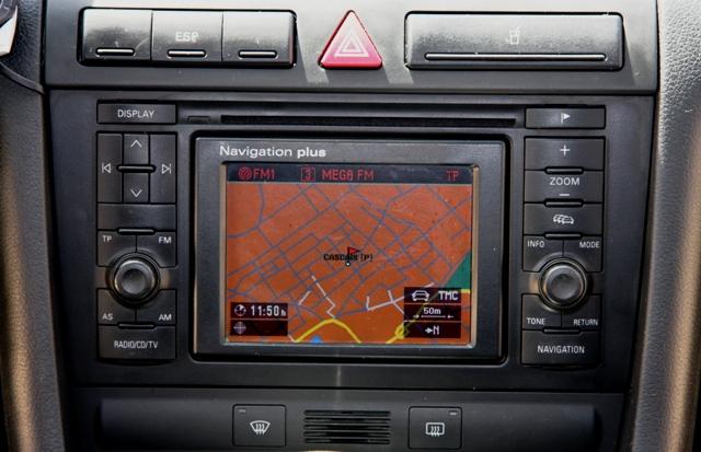 [Vendo] AUDI A6 Avant 2.5 TDi - 180 Cv - Tiptronic - Dez2001 A6_1010