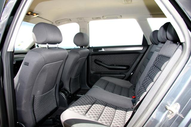 [Vendo] AUDI A6 Avant 2.5 TDi - 180 Cv - Tiptronic - Dez2001 A6_810