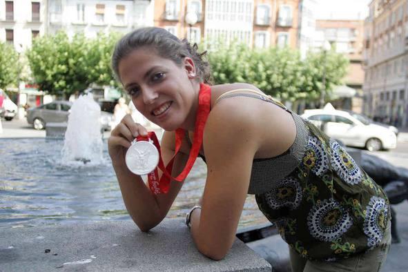 Laura López (natación sincronizada) 12198510