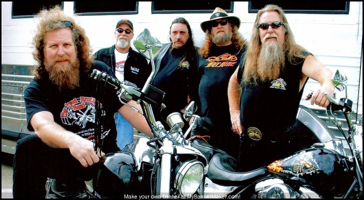 Ils ont posé avec une Harley - Page 37 46a28810