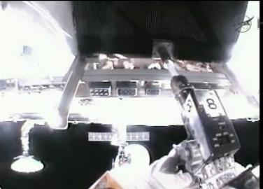 ISS: US-EVA#19 - Opération de secours sur MBSU-1 (05.09.12) - Page 2 Sans_t20