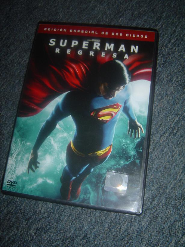 Mi DVD de Superman Returns Dsc05710