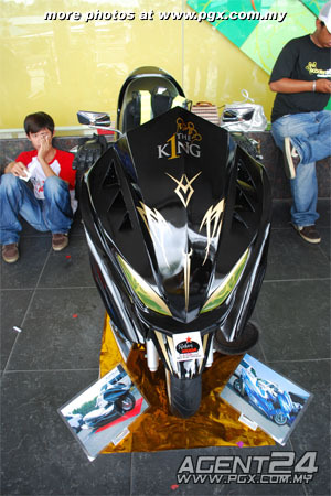 scooter-attack customs sarawak Elegan15