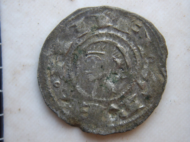 Dinero de Alfonso VIII (Toledo, 1158 - 1214) Imgp2810
