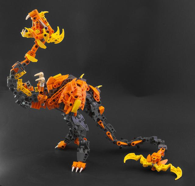 [MOC] Coup de coeur: Dragon en pièces bionicle 0110