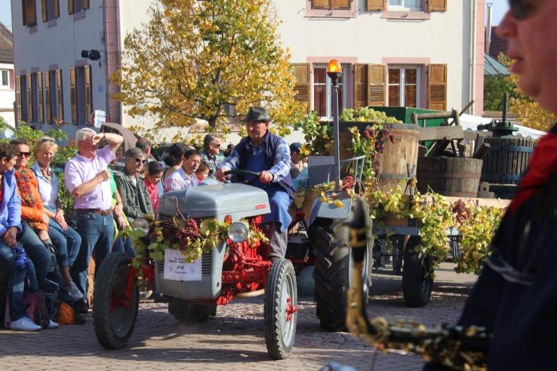 La Musique Harmonie de Wangen à la fête des vendanges de Marlenheim le 21 octobre 2012 Fate_d25