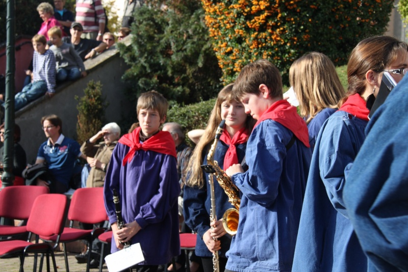 La Musique Harmonie de Wangen à la fête des vendanges de Marlenheim le 21 octobre 2012 Fate_d34