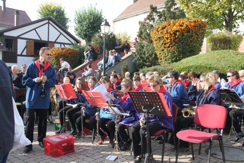 La Musique Harmonie de Wangen à la fête des vendanges de Marlenheim le 21 octobre 2012 Fate_d59