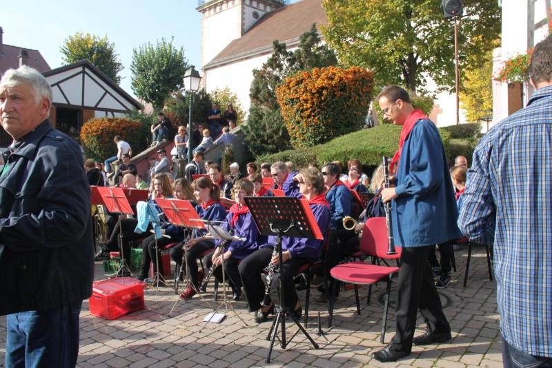 La Musique Harmonie de Wangen à la fête des vendanges de Marlenheim le 21 octobre 2012 Fate_d61