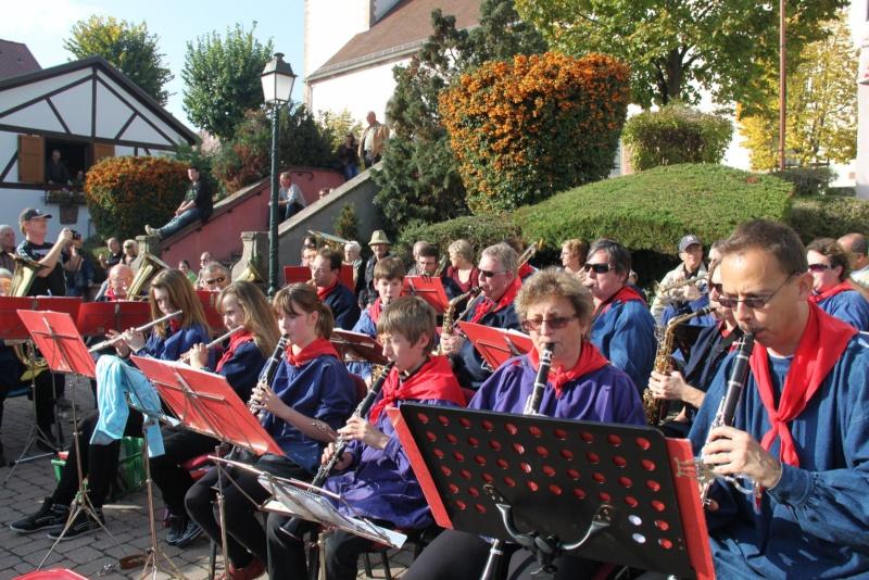 La Musique Harmonie de Wangen à la fête des vendanges de Marlenheim le 21 octobre 2012 Fate_d73