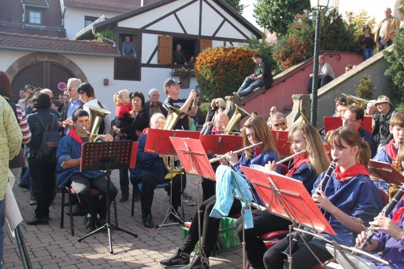 La Musique Harmonie de Wangen à la fête des vendanges de Marlenheim le 21 octobre 2012 Fate_d74