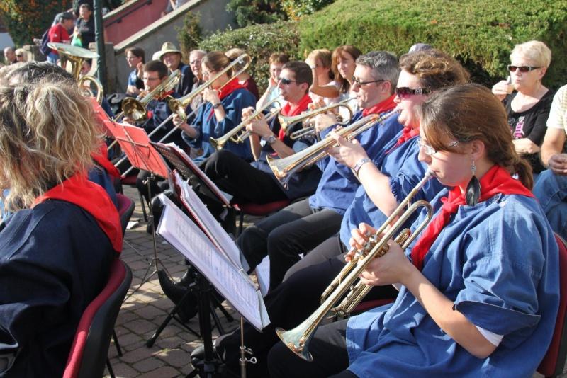 La Musique Harmonie de Wangen à la fête des vendanges de Marlenheim le 21 octobre 2012 Fate_d75