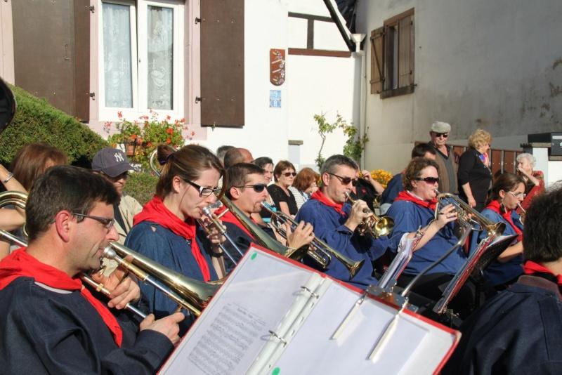 La Musique Harmonie de Wangen à la fête des vendanges de Marlenheim le 21 octobre 2012 Fate_d86