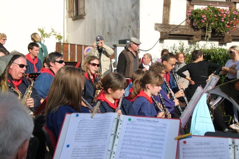 La Musique Harmonie de Wangen à la fête des vendanges de Marlenheim le 21 octobre 2012 Fate_d89