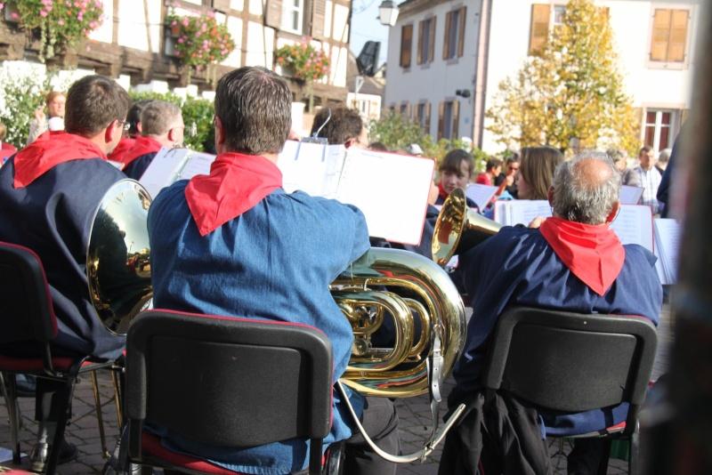 La Musique Harmonie de Wangen à la fête des vendanges de Marlenheim le 21 octobre 2012 Fate_d92
