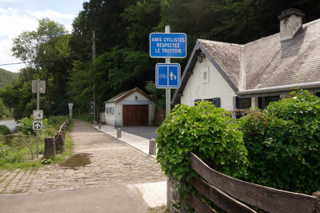RAVeL 5 Ourthe Liege - Durbuy - Itinéraire N°7 - Sur la route des Ardennes - Page 5 _dsc1411