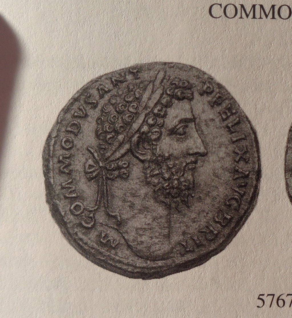 Sestercio de Cómodo con leyendas de Septimio Severo. DIVI M PII F P M TR P III COS II P P  Dsc00810