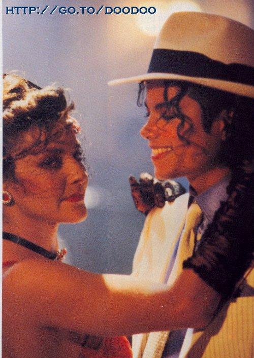 [SONDAGGIO] Qual è il Michael che vi piace di più? Cjisal10
