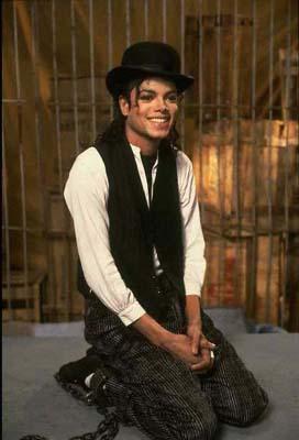 [SONDAGGIO] Qual è il Michael che vi piace di più? Soriso10