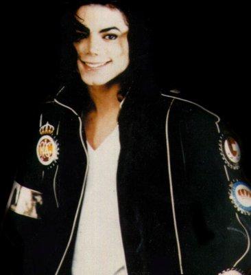 [SONDAGGIO] Qual è il Michael che vi piace di più? Y1p3ma10