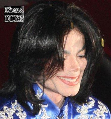 [SONDAGGIO] Qual è il Michael che vi piace di più? Y1pdal10