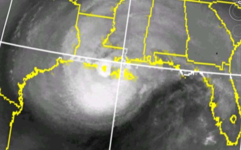 Voici quelques cyclones et leur presentation - Page 3 Cyclon10