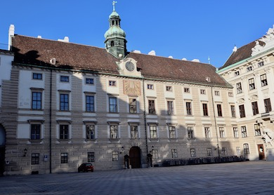 Vienne, la Hofburg Amalie10