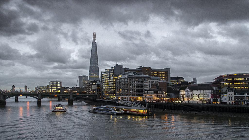 Thames ... 10011411