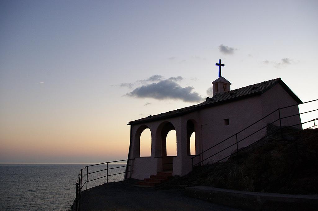 [Architecture et Graphisme] Chapelle au coucher du soleil Imgp1610