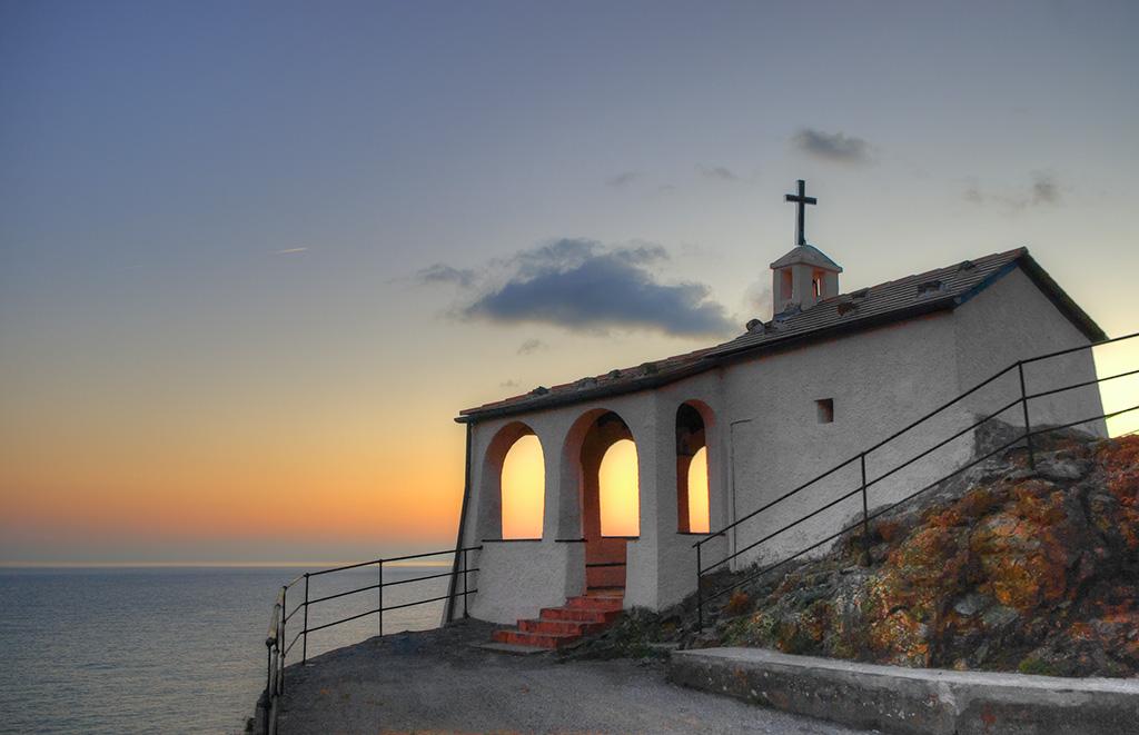 [Architecture et Graphisme] Chapelle au coucher du soleil Imgp1611