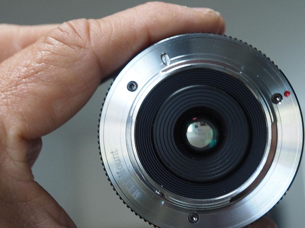 Lumix GX80 + 3 Optiques fixes - VENDU P1010108