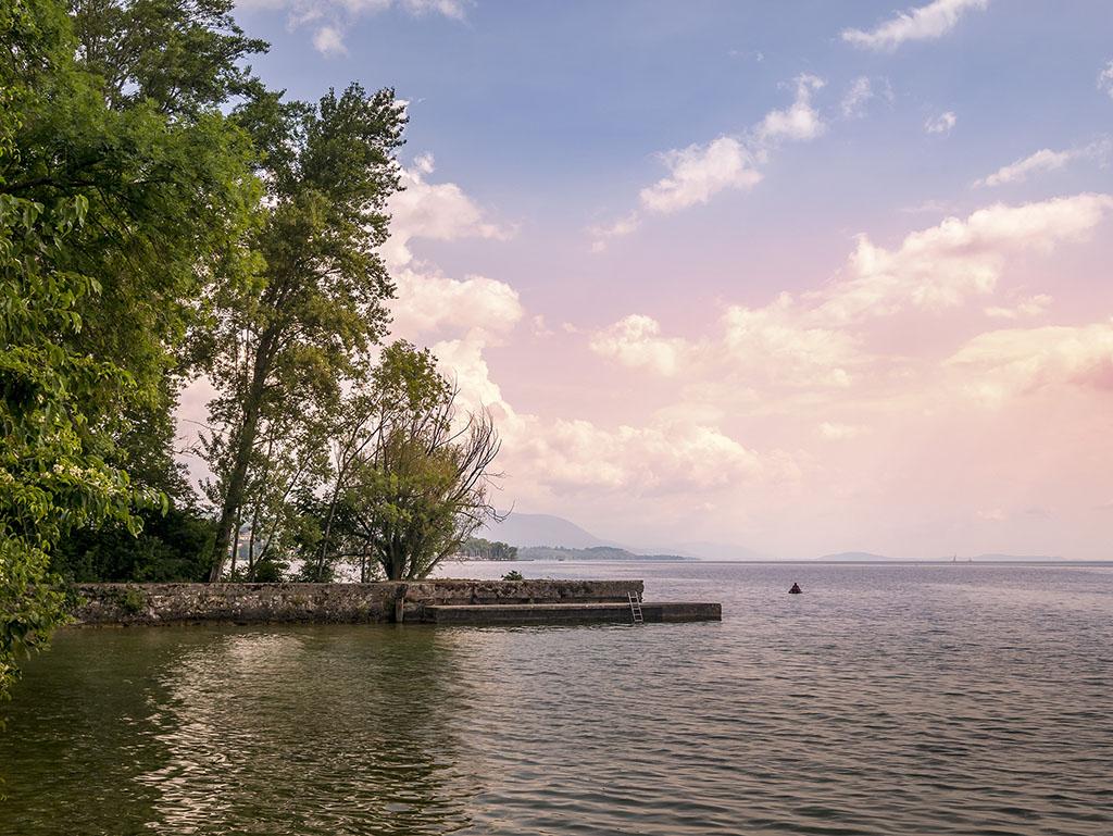 Lac de Neuchâtel... P1090610