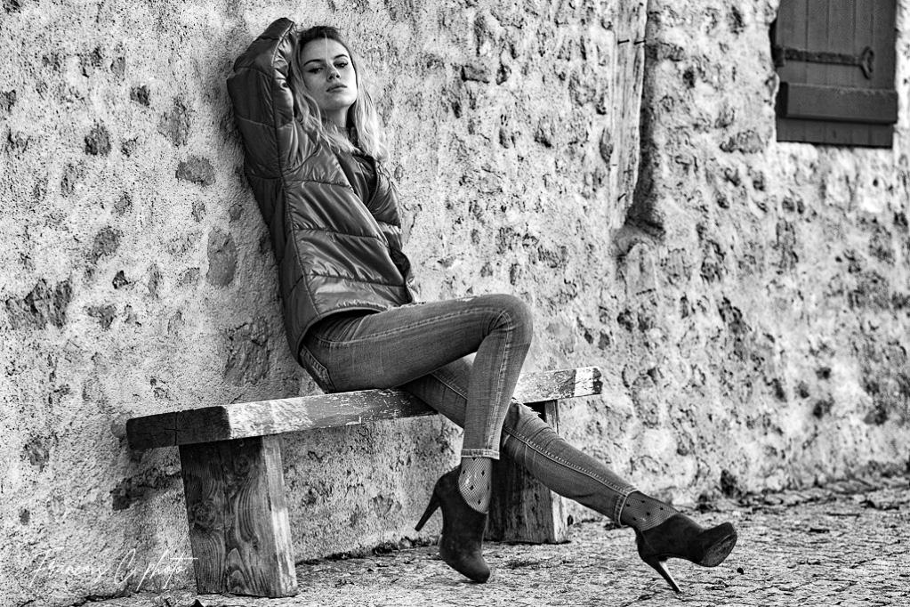 [Portraits] Camille Sans_t15
