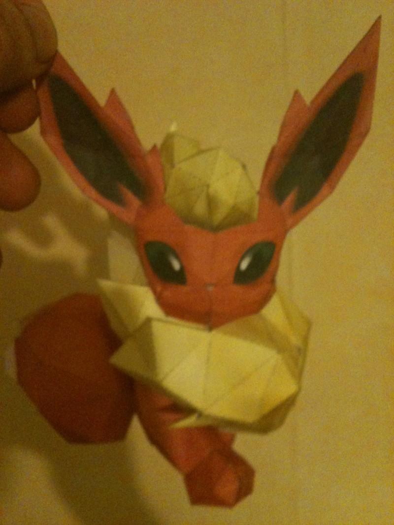 Spécialiste papercraft pokemon XD 00410
