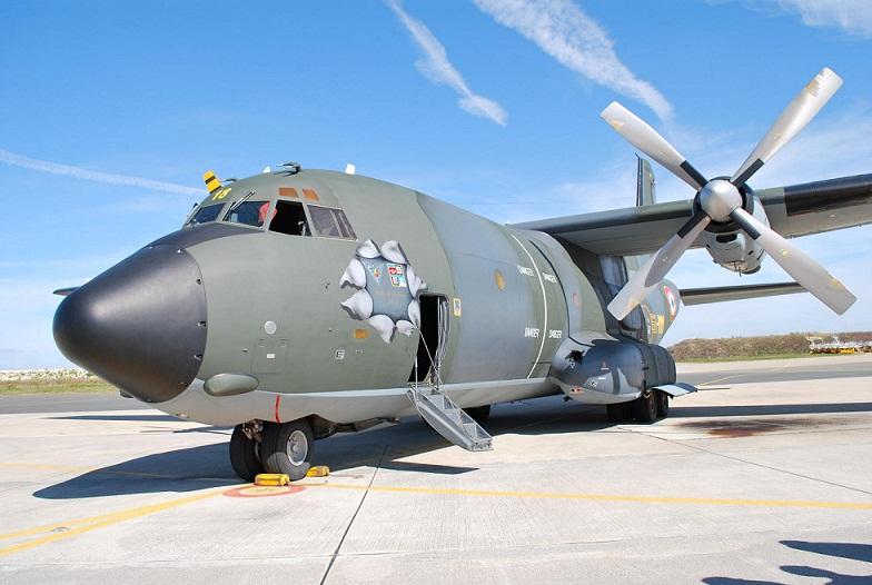 Le Transall R18 fait son entrée au Musée de l'Air (Sources Ministère des Armées) Transa15