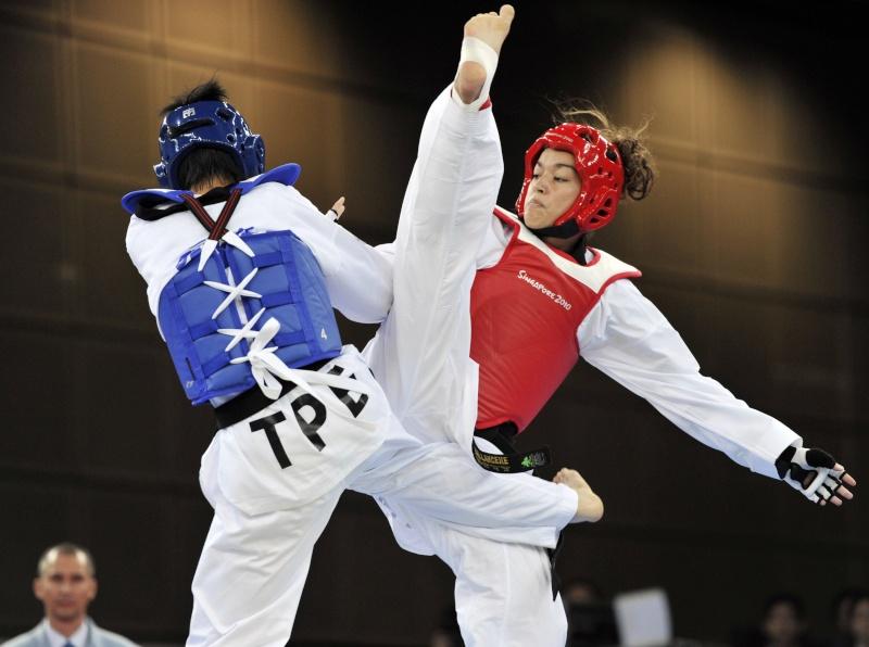 Jeux Olympiques de la Jeunesse - Singapour 2010 - Médaille de bronze en Taekwondo (6eme médaille) 0819-610